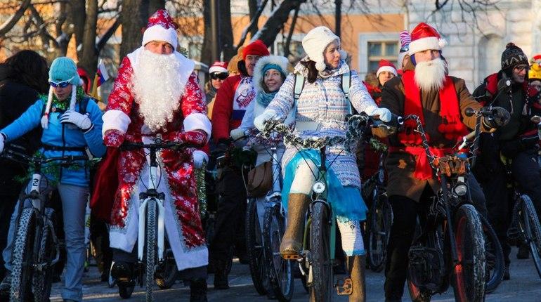 Петербургские Деды Морозы не согласовали велопробег