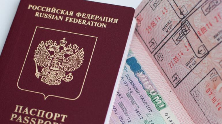 Петербуржцы рванули за границу
