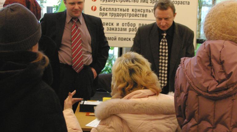 Число официальных безработных в России за первую неделю нового года снизилось
