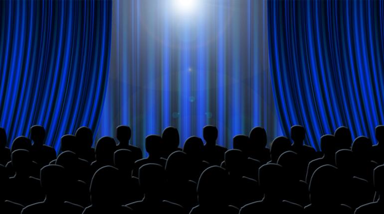 Мединский открыл торжественную церемонию кинопремии «Золотой орел»