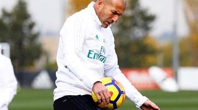 'Реал подыскивает замену Зидану