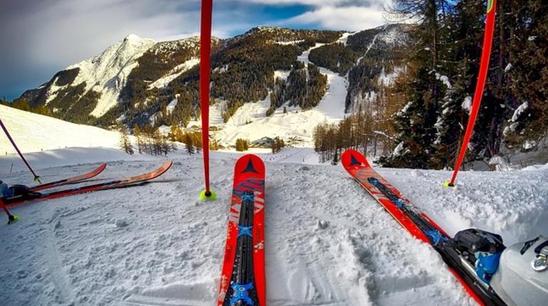 Русский лыжник скончался вовремя марафонской гонки вСША