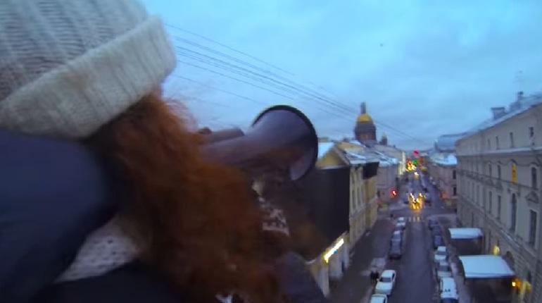 Руферы устроили концерт на арке Главпочтамта