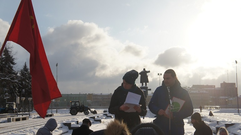 Петербургские активисты вышли сегодня на улицы с требованием сохранить городские парки и скверы. Казалось, идеи