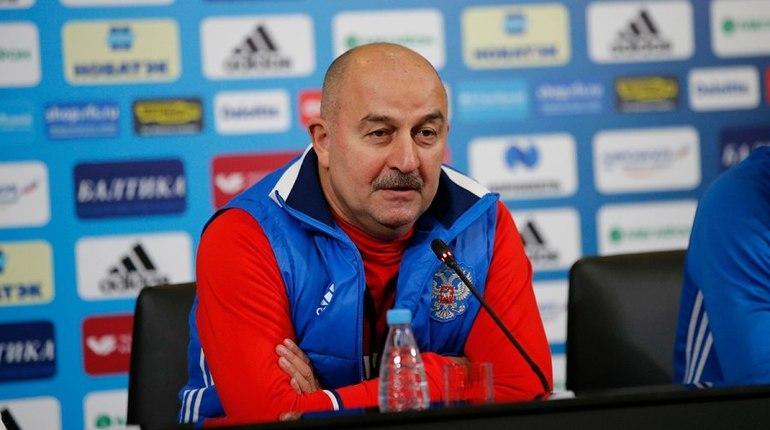 Черчесов: допинг-офицеры запросили список игроков сборнойРФ