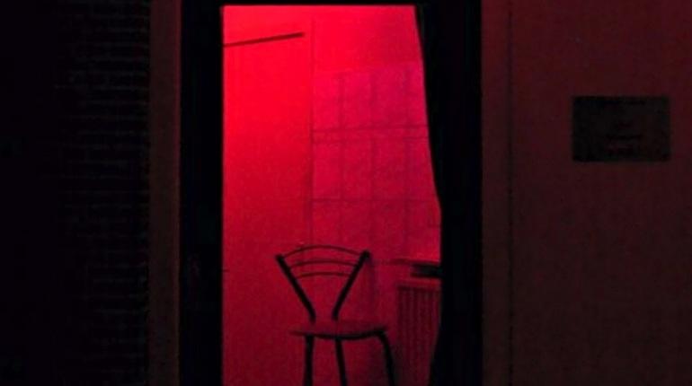 Туристам запретили смотреть на проституток в Амстердаме