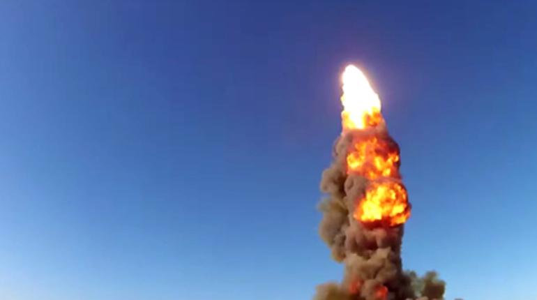 Новую ракету системы ПРО успешно испытали российские военные в Казахстане на полигоне