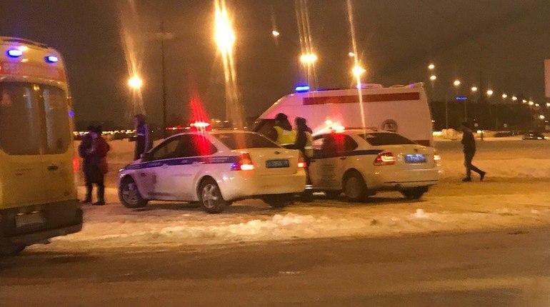 На Яхтенной пешеход пострадал в результате массового ДТП