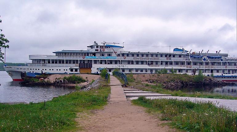 Туристов в Свирьстрой заманят причалом