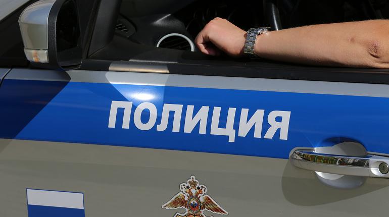 В Купчино полиция прикрыла бордель с мигрантками