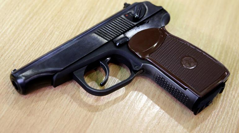 """Полиция задержала стрелявших в кассира """"Дикси"""" в Петербурге"""