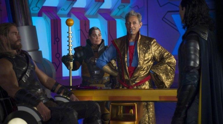 В РФ перенесли премьеру блокбастера «Мстители: вражда бесконечности»