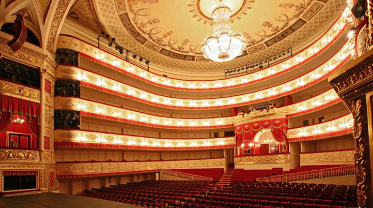 ВПетербурге репетируют спектакль про юность Сталина
