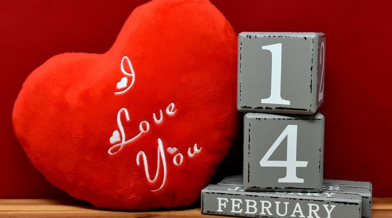 Из влюбленных 14 февраля выпустили 60 литров крови