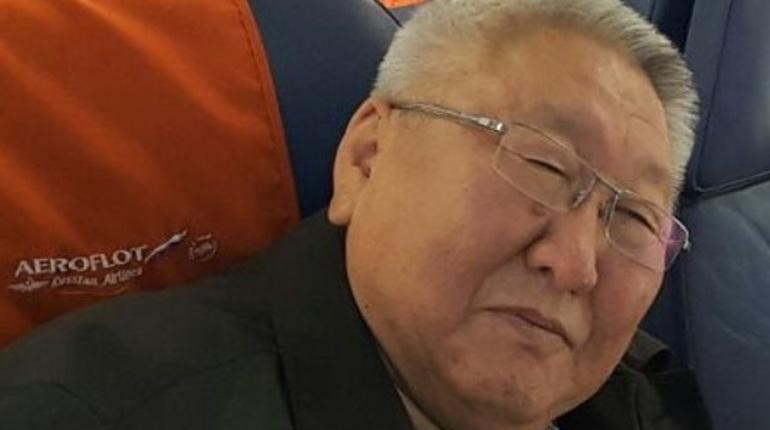 Глава Якутии Егор Борисов прокомментировал происшествие, случившееся на борту самолета авиакомпании