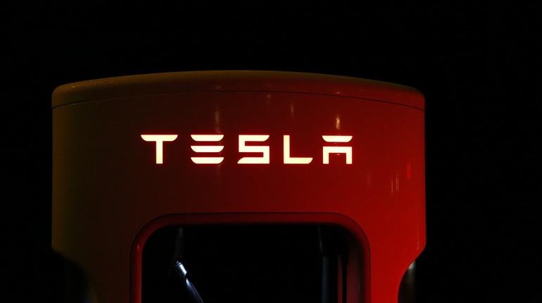 Облачные ресурсы Tesla были использованы хакерами для майнинга криптовалют