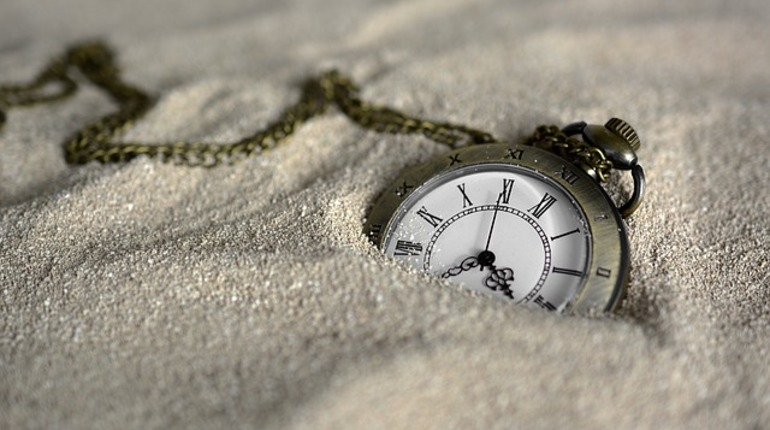 Основатель Amazon Безос выстроит часы надесять тыс. лет работы
