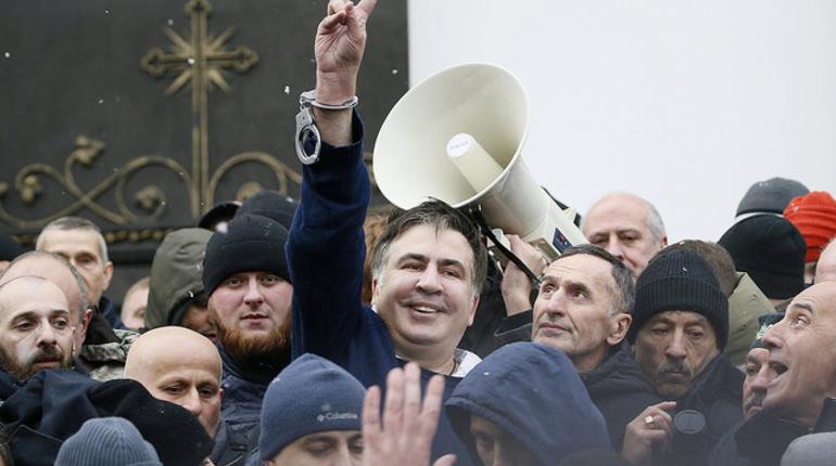 Погранслужба Украины запретила экс-губернатору Одесской области и бывшему президенту Грузии Михаилу Саакашвили въезд на  территорию Украины до февраля 2021 года. Об этом в среду сообщил пресс-секретарь ведомства Олег Слободян.
