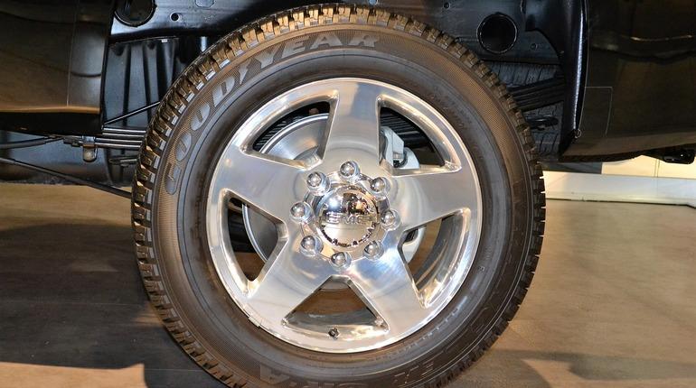 Пикап Chevrolet Silverado оснастили 800-сильным мотором