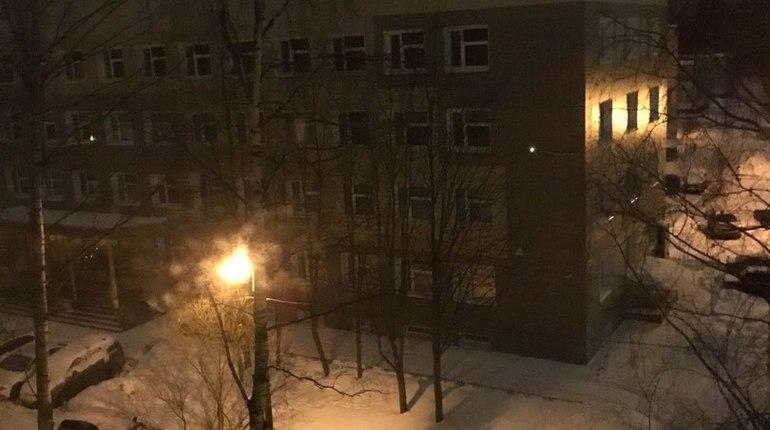 Дома и отделение «скорой» в Калининском районе остались без света