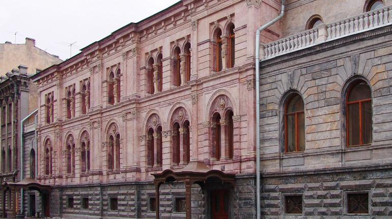 Дворец Кушелева-Безбородко починят до 2022г