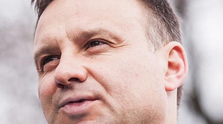 Лимузин президента Польши попал в ДТП