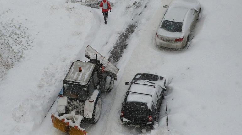 ВПетербурге вице-губернатор предлагает поменять правила зимней парковки