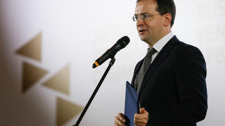 Руководитель Минкультуры предложил передать некоторые усадьбы вчастное владение