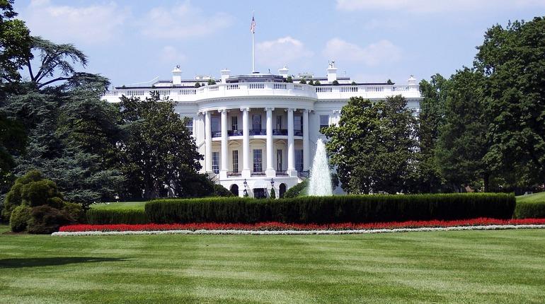 Лидер Соединенных Штатов обсудил удар по Сирии и главой Пентагона Джимом Мэттисом.