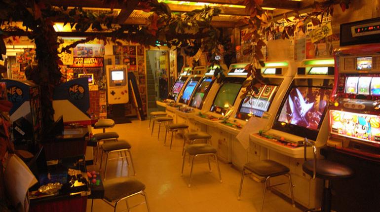 Адреса на квартирах нелегальных казино в санкт-петербурге игровые автоматы бонусами