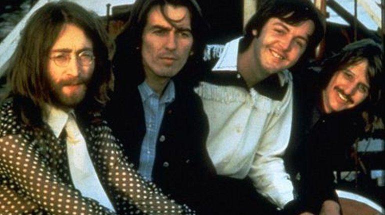 В Ливерпуле нашли ранее неизвестные негативы Джона Леннона