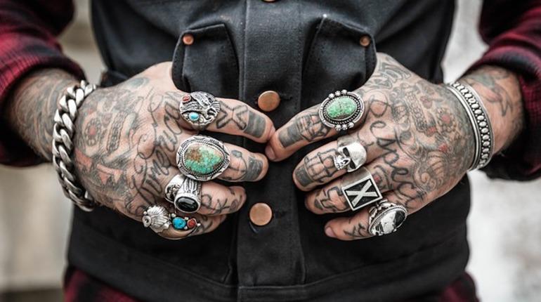 Ученые поведали, почему татуировки нестираются— Навсю жизнь