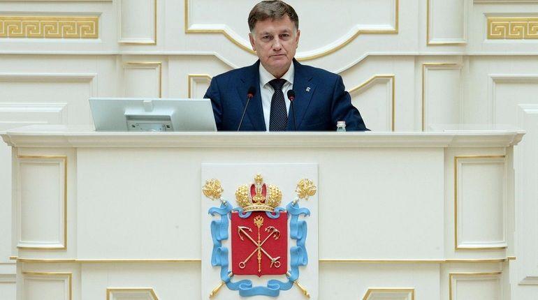 Председатель Законодательного Собрания Петербурга Вячеслав Макаров стал первым и пока единственным официальным лицом в городе, подтвердившим факт незапланированного пуска ракеты на учениях