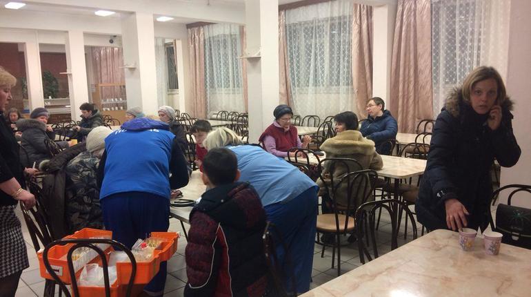 Все жильцы дома на Народного Ополчения эвакуированы, в гимназии № 399 открыт пункт помощи