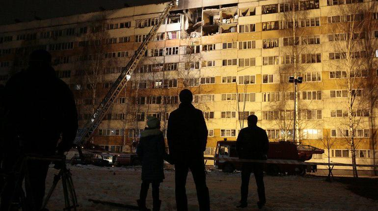 Врачи рассказали о состоянии пострадавшего при взрыве газа в Петербурге