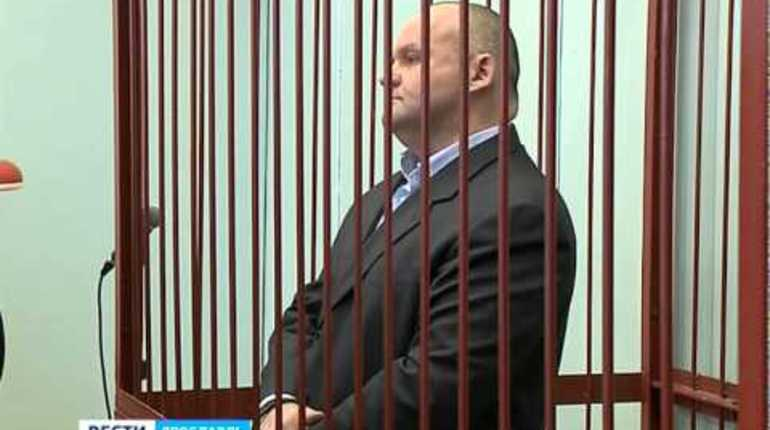 Бывший мэр Рыбинска, осужденный за взятку, объявил голодовку