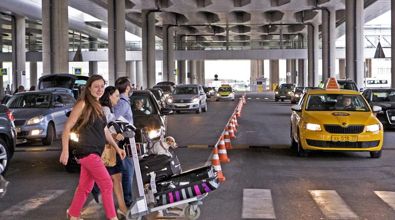 В мае около аэропорта Пулково появится бесплатная парковка