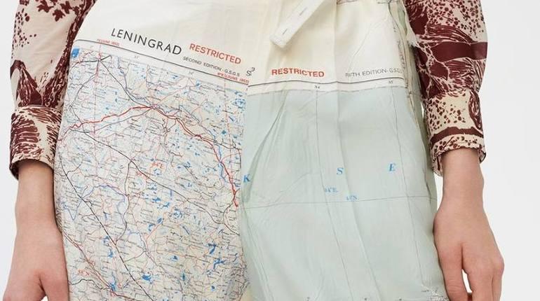 Французский бренд продает штаны с картой Ленобласти