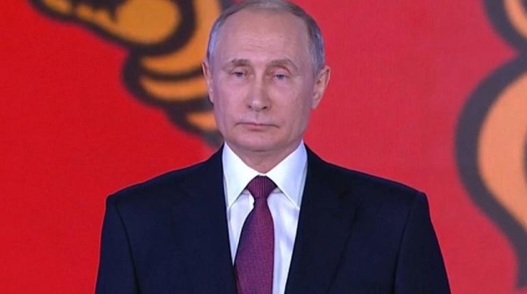 Путин заявил о начале работы над новой редакцией «майских указов»