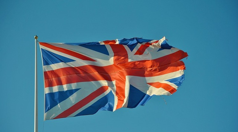 Турпоток в Англию изПетербурга иСЗФО снизится из-за закрытия генконсульства