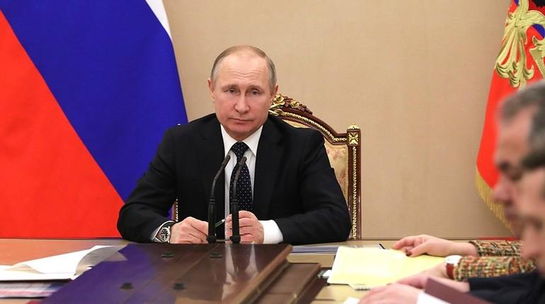 Владимир Путин принял участие вголосовании за претендентов впрезидентыРФ