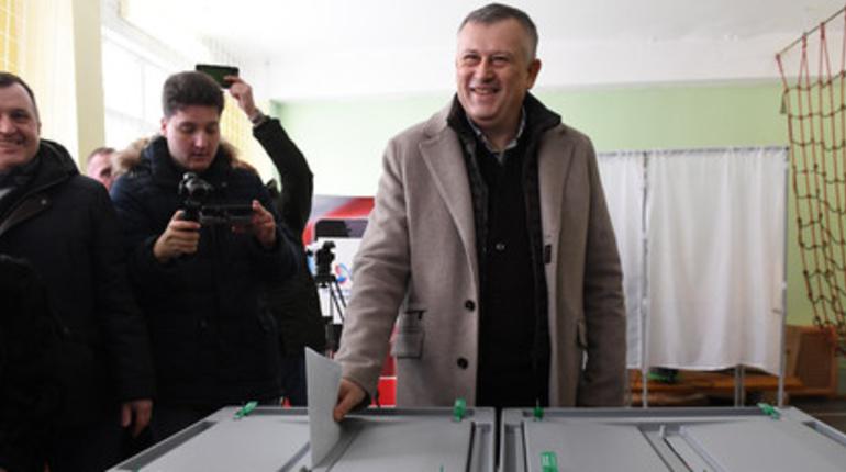 Губернатор Ленобласти Александр Дрозденко проголосовал на выборах