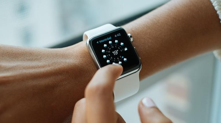ВСША мужчина восне вызвал 911 через Apple Watch