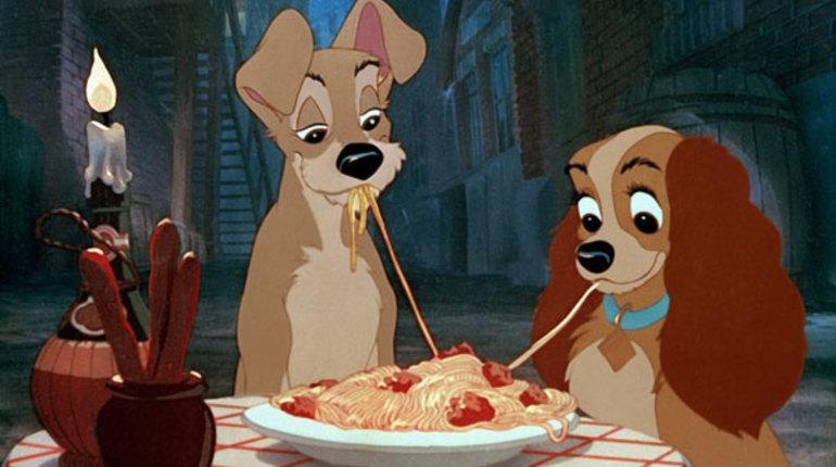 Disney собирается снять игровой ремейк популярного мультфильма «Леди и Бродяга». Киностудия готова начать съемки в самое ближайшее время.