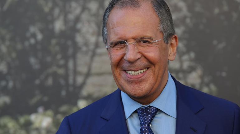 Лавров обсудил безвизовый режим для россиян с главой МИД Японии