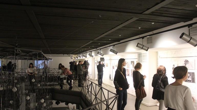 Выставка картин Гребенщикова откроется вПетербурге