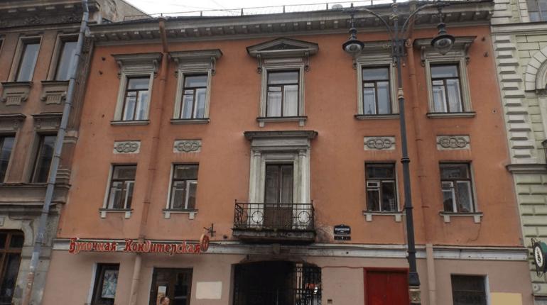 Дом наМойке, вкотором жил автор Баснер, признали монументом