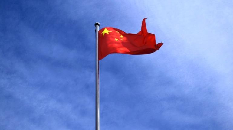 Вэфире китайского телевидения сейчас  особо непошутишь