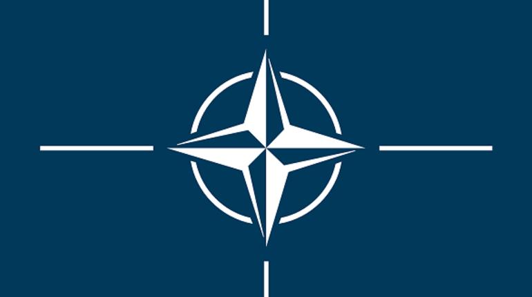 НАТО сократит число российских представителей при альянсе