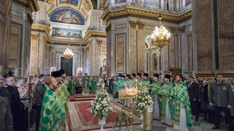 Албин и Макаров побывали на литургии в Исаакиевском соборе